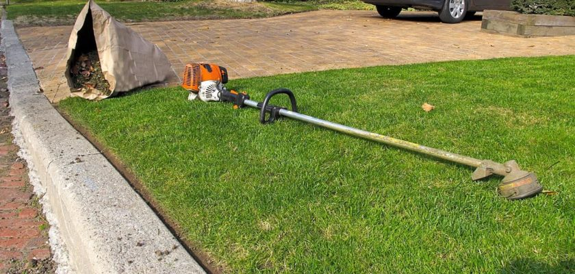 how to edge a lawn with a string trimmer