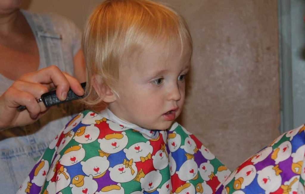cut baby boy hair with clippers